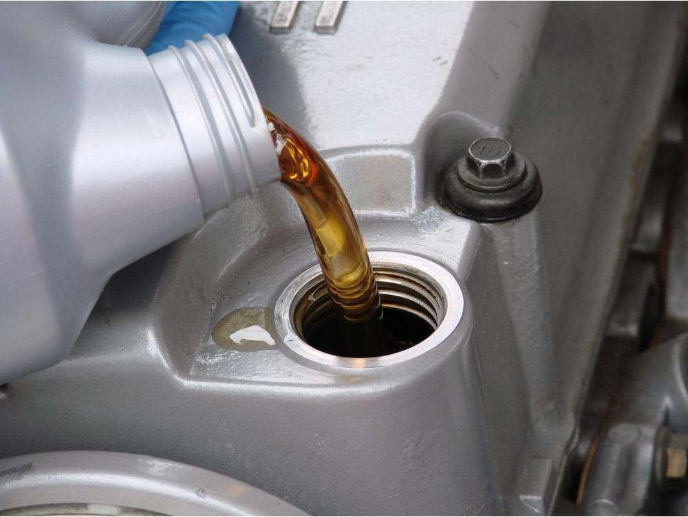 Oil Filter Change >> Oil Filter Change Service Shelley S Precision Auto Center